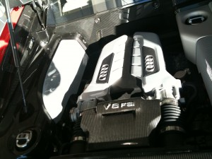 R8 engine center close up